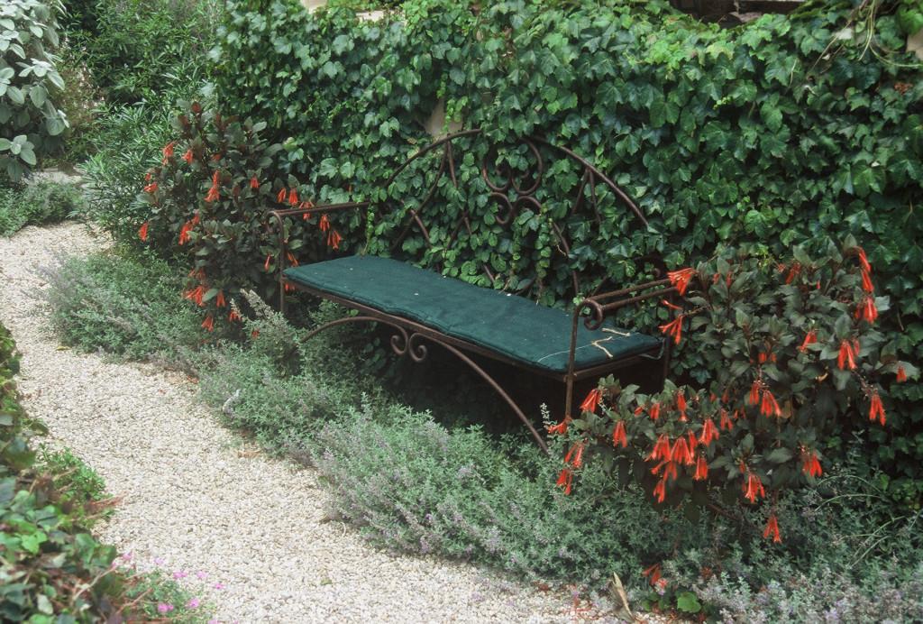 Bianchi Bench & Wall